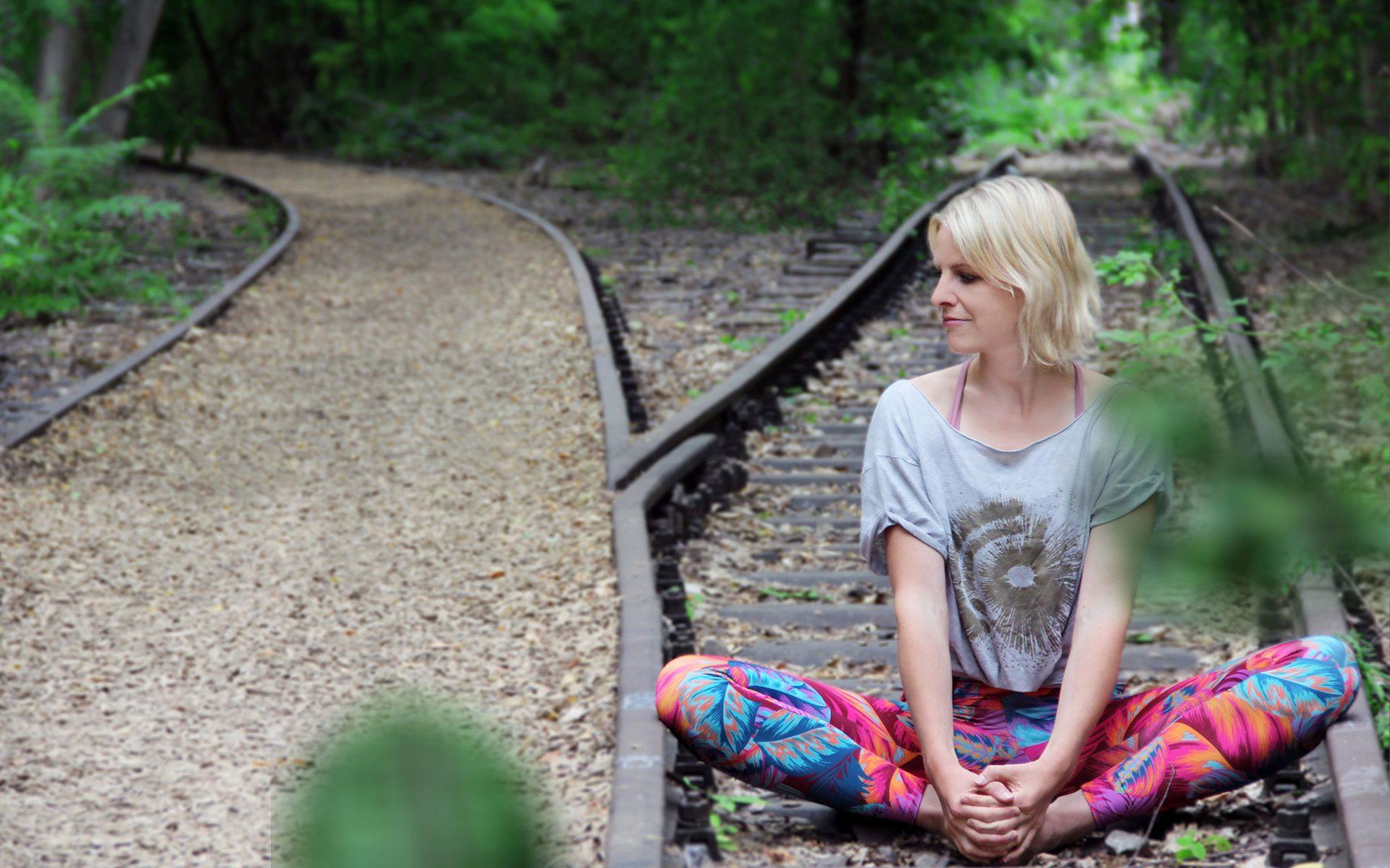 Yoga-Lehrerin Ulrike Pape im Yoga-Sitz